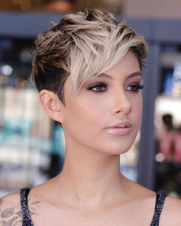 30 Short Hairstyles That Look Great On Almost Any Woman Hair Brushuphairstyleswomen Hairsty Very Short Haircuts Latest Short Haircuts Thick Hair Styles