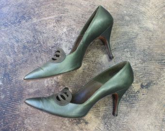 87b0821b3bd29 1950's Stilettos / Vintage Green Leather Heels / Size 6 1/2 to 7 ...