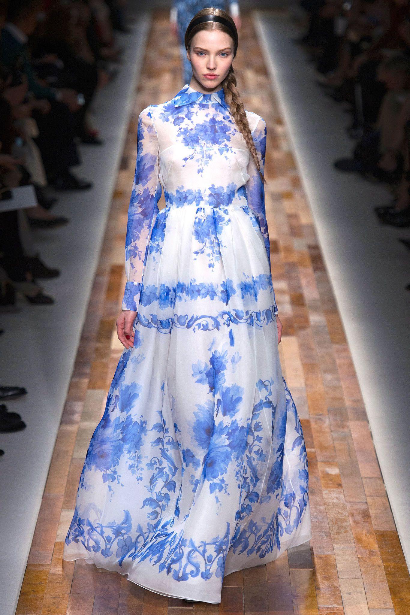Valentino fall readytowear fashion show catwalk fashion