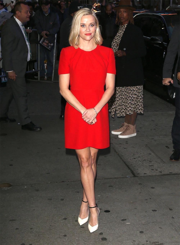 Stars In Red Dresses Pics Red Dress Wear Red Dress Dresses [ 1360 x 1000 Pixel ]