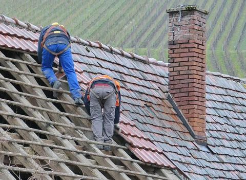 How To Tell If Your Roof Needs To Be Repaired Or Replaced Roof Maintenance Roofing Cool Roof