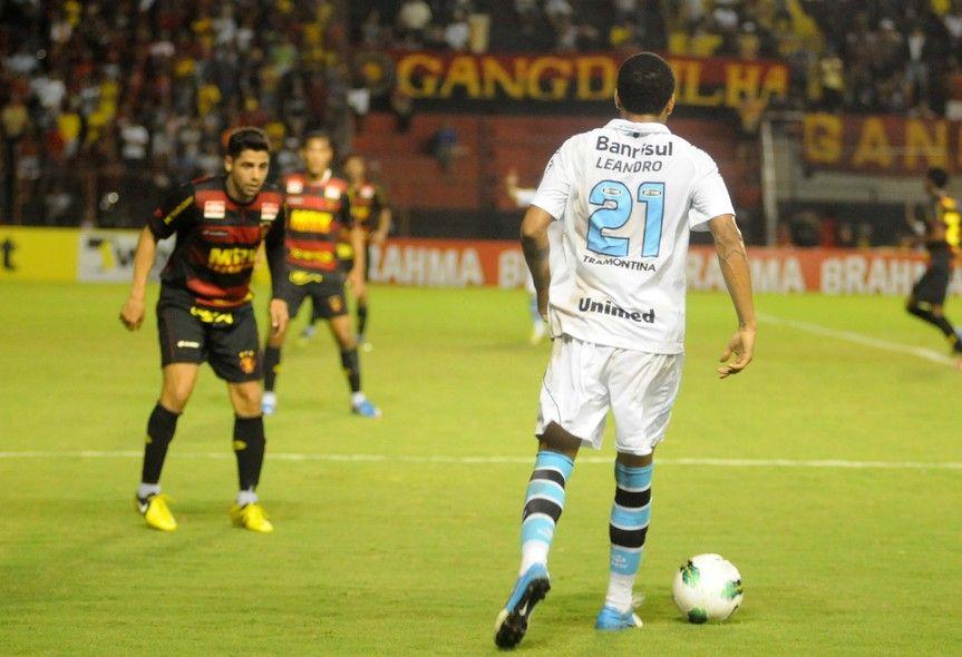 Leandro, 11/10/2012 Sport 1x3 Grêmio - Aldo Carneiro/Pernambuco Press