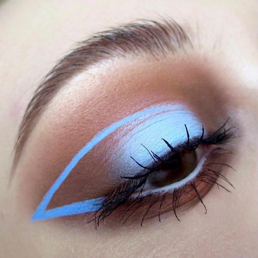White Eyeshadow Great Eyeliner Dark Kajal Pencil