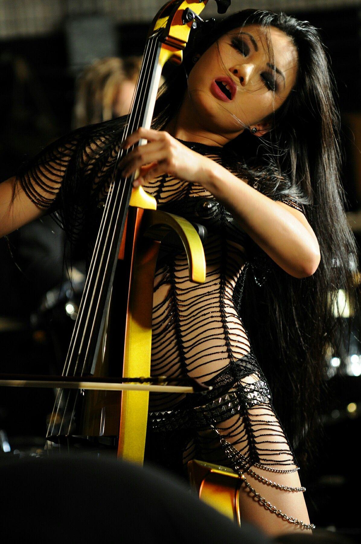 Tina Guo Hot