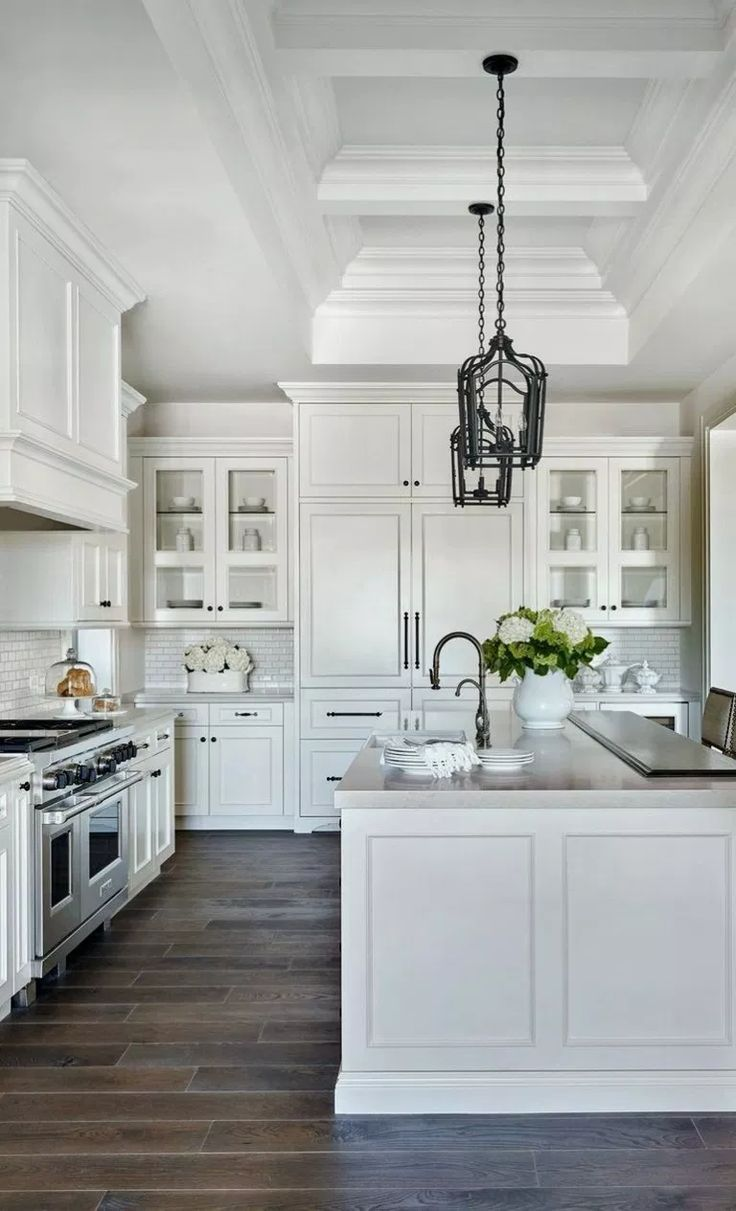 9+ Best White Kitchen Design Ideas for White Cabinet ...