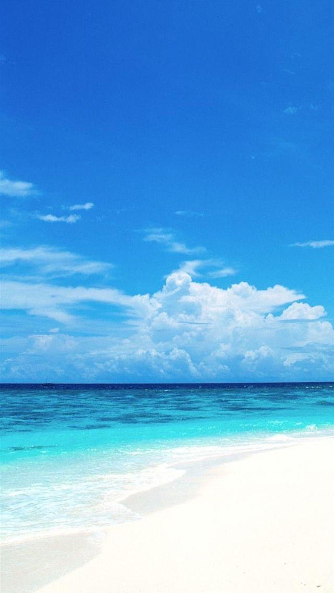エメラルドグリーンのビーチ 夏っぽいiphone6壁紙 Iphone6s 6plus壁紙 待受画像ギャラリー 明るい壁紙 夏 風景 ハワイ 壁紙