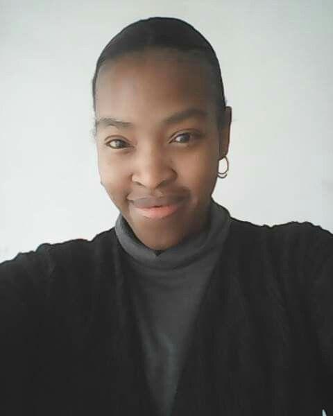 #Blackandgrey #Selfie #Faceshot