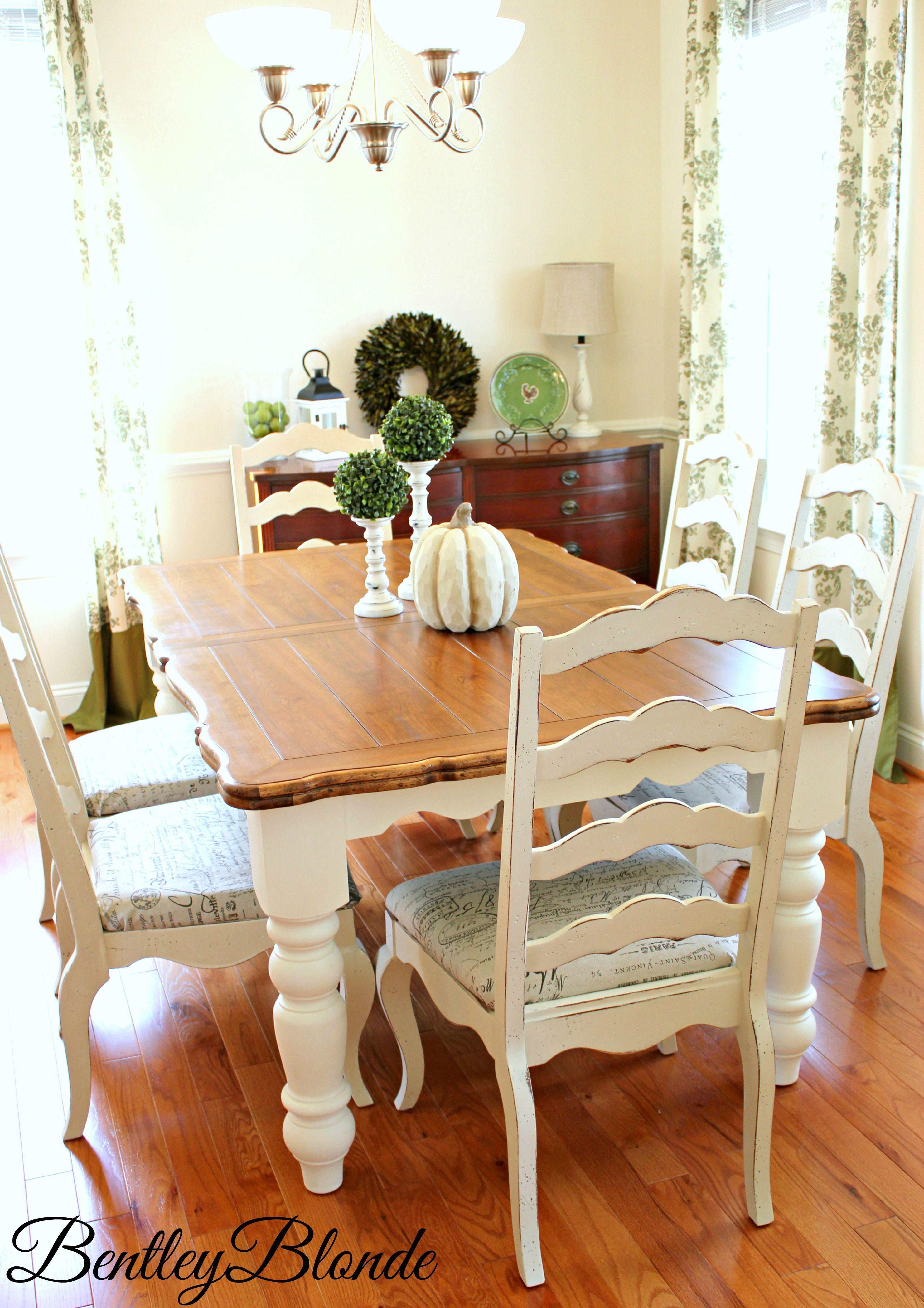 Painted farmhouse table and chairs - Farmhouse Table With Annie Sloan Chalk Paint