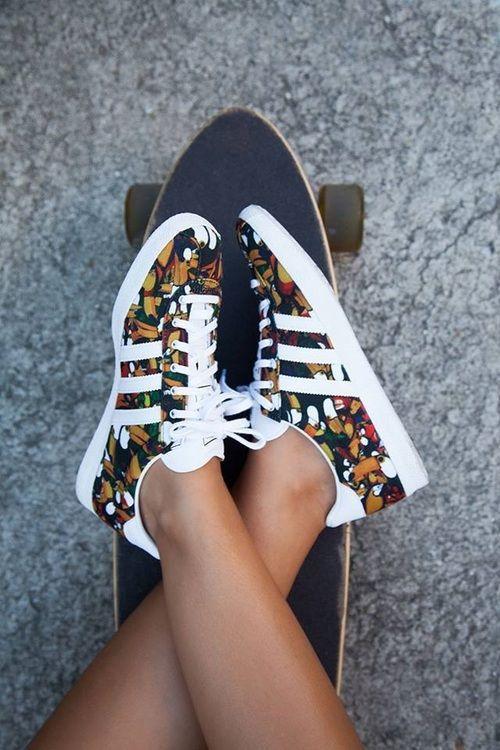 Summer Fashion Trends  Estampa tropical  ef18066b56e9a