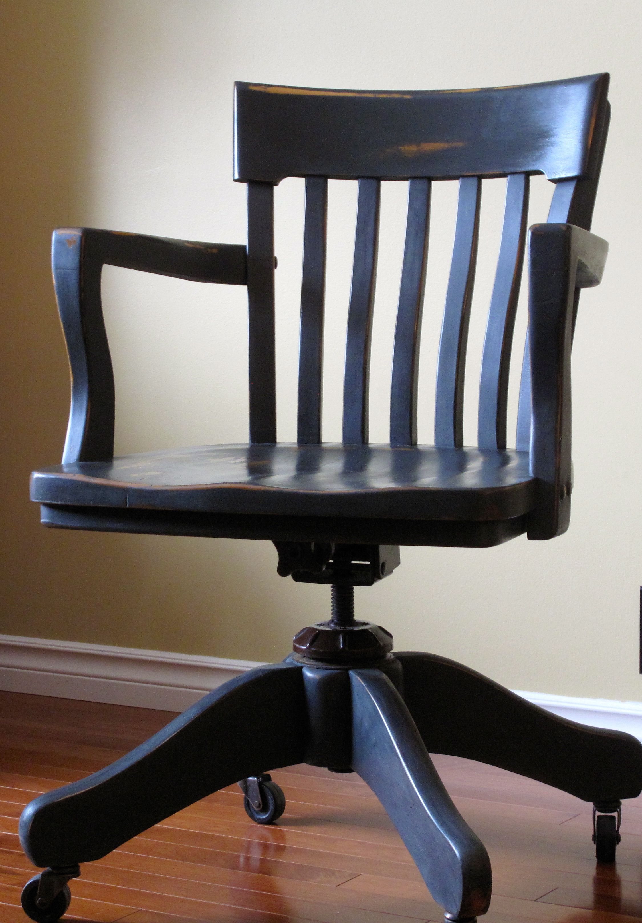Bon Antique Bankers Chair Painted In Annie Sloan Graphite And Dark Wax.