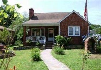Peachy Rent To Own Home 4805 Burland Ave Rosedale Md 21206 Home Interior And Landscaping Palasignezvosmurscom