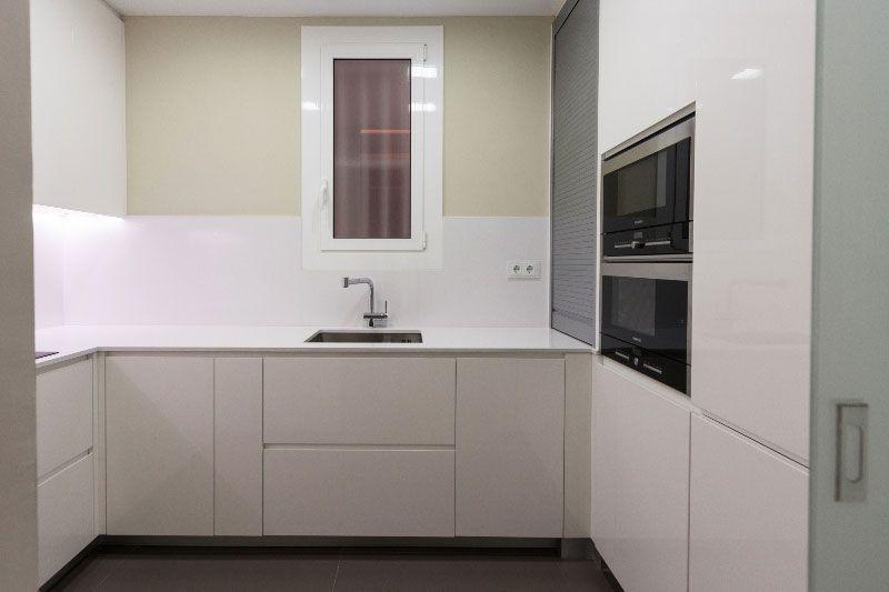 vivienda particular ppt barcelona reforma obra decoracion vintage eixample piso parquet cocina kitchen