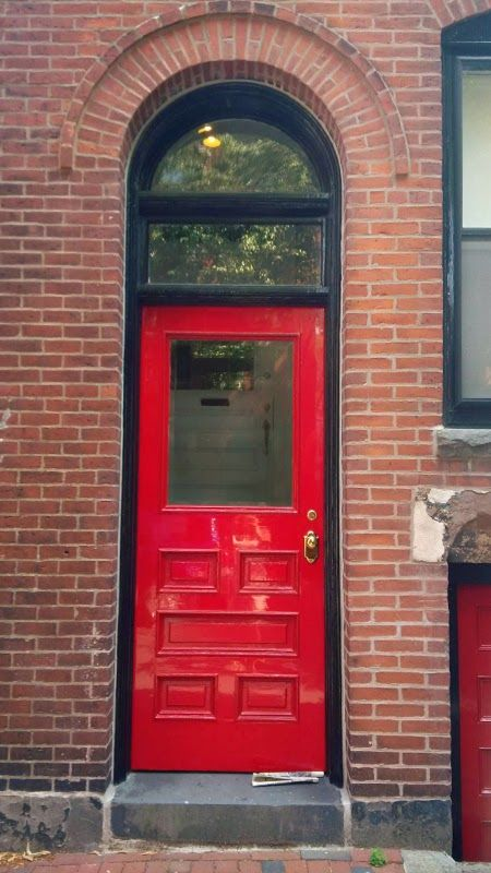 My week in Boston - I REALLY REALLY LOVE RED DOORS.