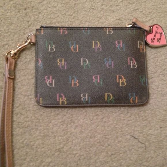 💖Dooney & Bourke wristlet Black D&B wristlet with multi pastel D&B print, coated leather. Great gift for someone! Dooney & Bourke Bags Clutches & Wristlets