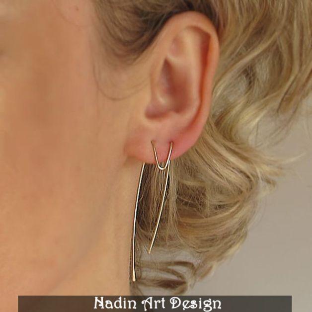 Einzigartiges Design der Ohrringe. Das sind lange goldene Ohrringe, super zu jedem Outfit!  Einzigartige Ohrringe für jedes Outfit! Die Ohrringe ergänzen sowohl Freizeitkleidung als auch elegante...