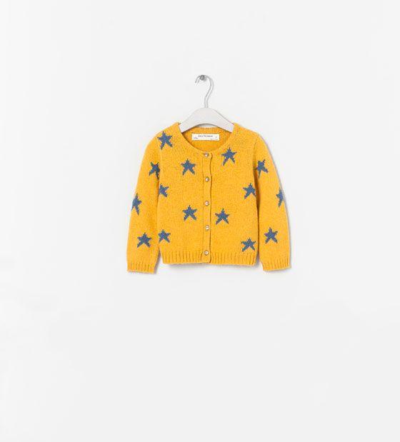 Imagen 1 de CHAQUETA ESTRELLAS de Zara   Moda para niñas