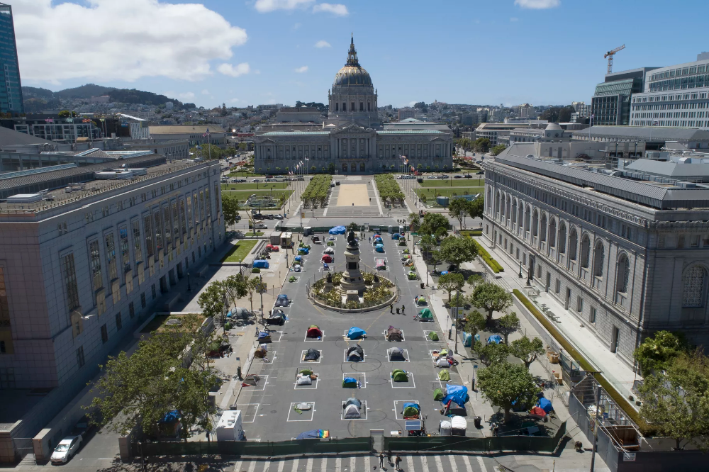 Sf Mayor Says Restaurants Can Take Over City Sidewalks Parking Spots And Streets San Ferry Building San Francisco Visit San Francisco