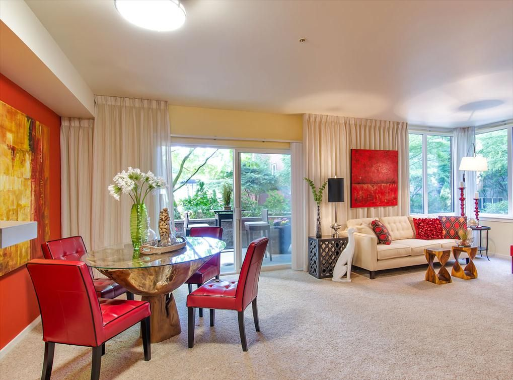 Living And Dining Room Model At Amli Bellevue Park A Luxury Apartment Community Near Seattle