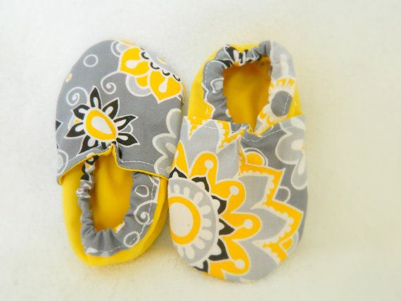 Cloth Baby Girl Booties Shoes Floral by Lifelizziestyle on Etsy, $12.50