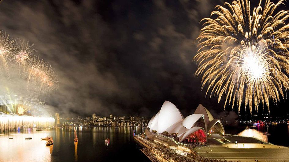 all the locations to watch the NYE in sydney harbor