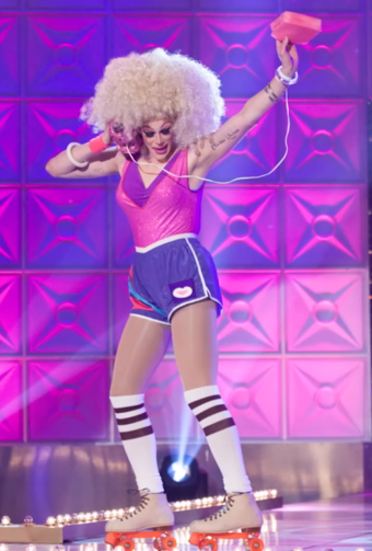 RuPauls Drag Race (Season 10)/Queens Looks   RuPauls