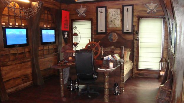 Extreme makeover home edition pirate ship room for Extreme makeover bedroom ideas