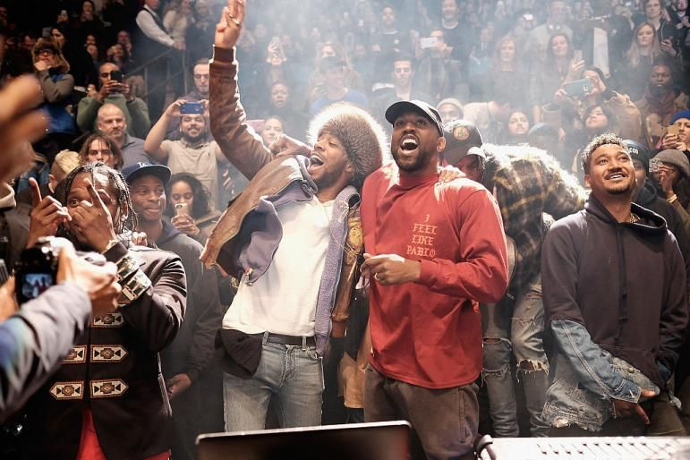 Kanye West Along With Kid Cudi Go Viral After Dancing In The Crowd To Their Song Father Stretch My Hands Pt 1 Kanye West Kids Kid Cudi Kanye West Kid Cudi