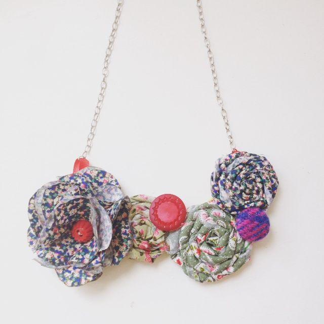 #rosette necklace