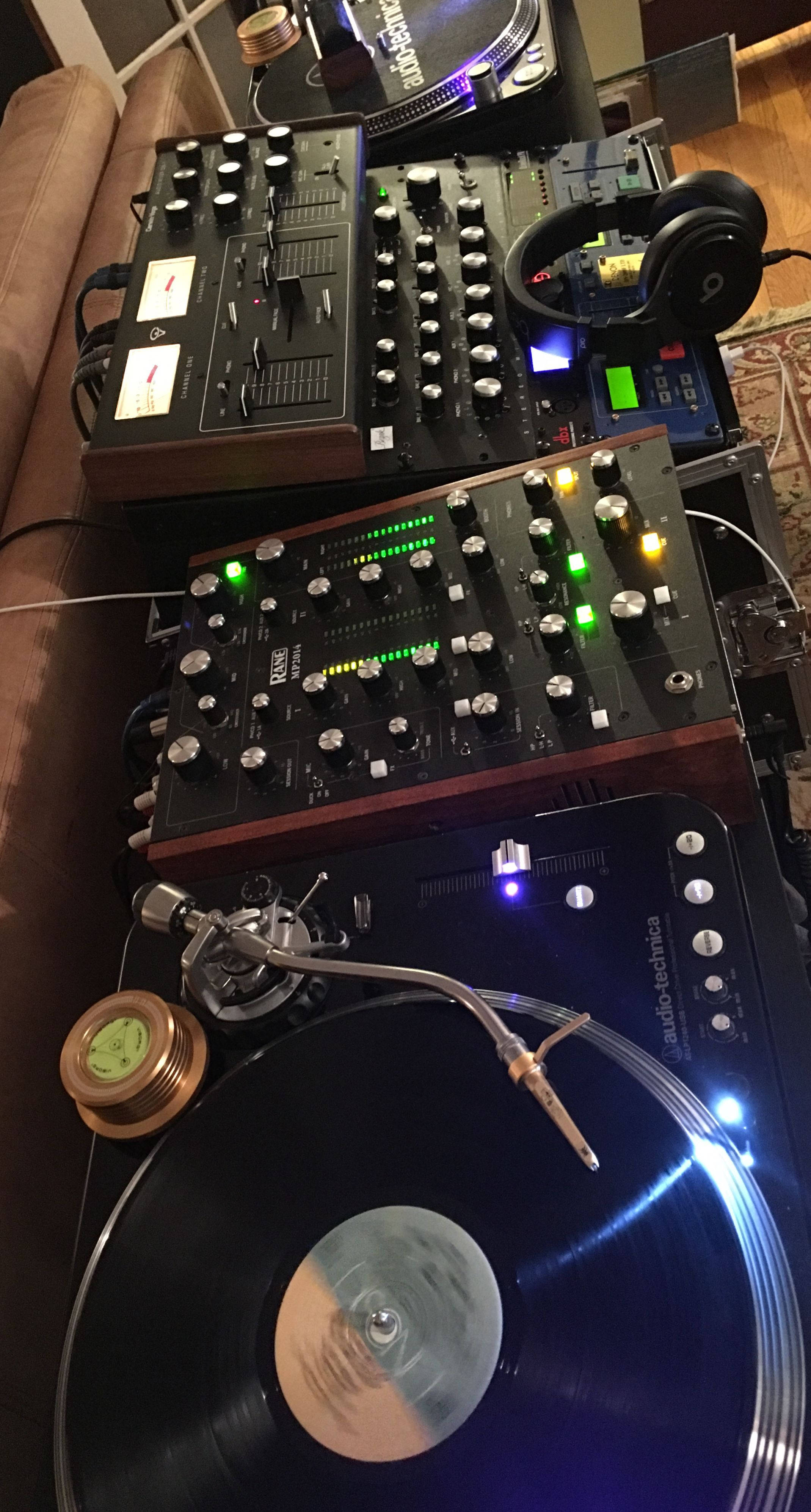 Pin By Rafa On Bozak In 2019 Dj Equipment Music Dj Setup