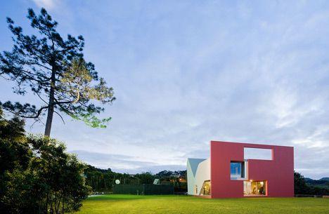 SUNGGI PARK's BLOG » House on the Flight of Birds