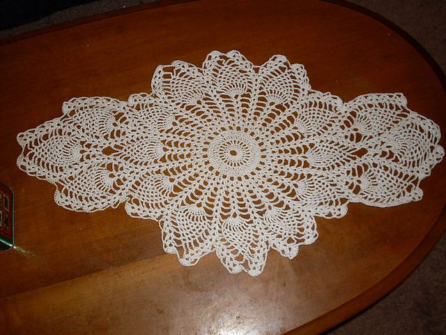 Pineapple Doily Pattern By Maggie Weldon Doilies Doily Patterns