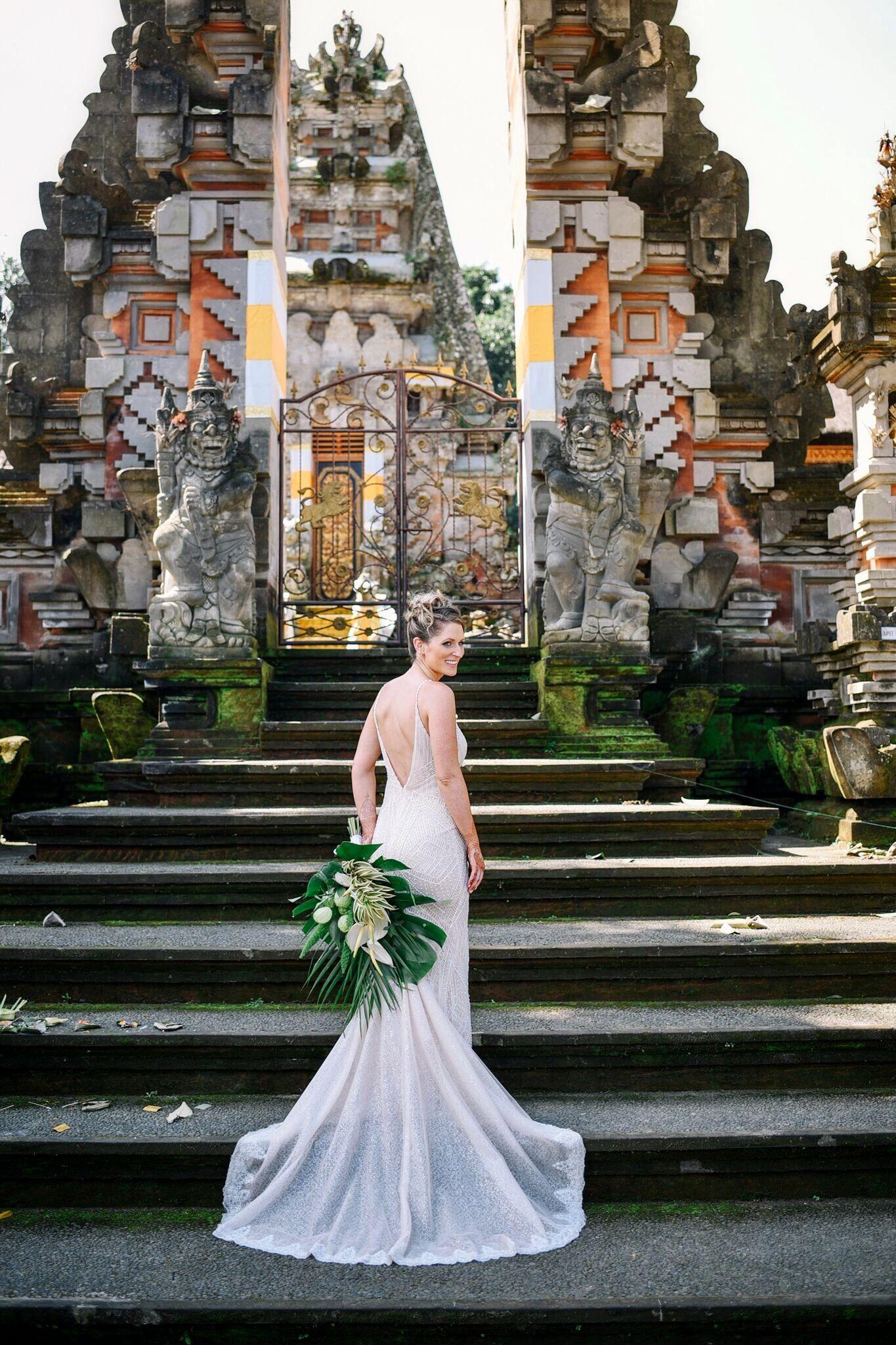 Gemütlich Bali Wedding Dress Zeitgenössisch - Brautkleider Ideen ...
