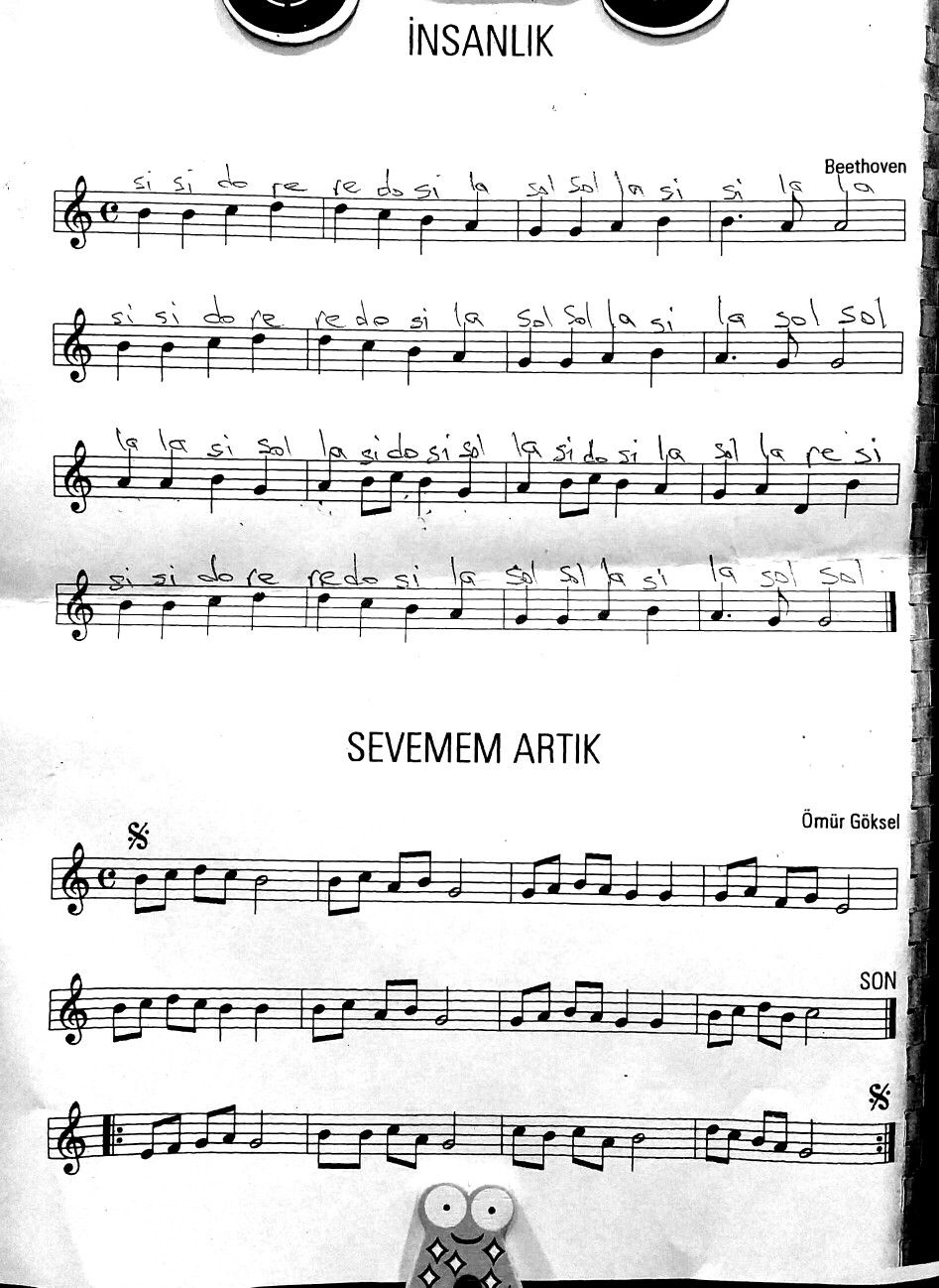 9 Senfoni Muzik