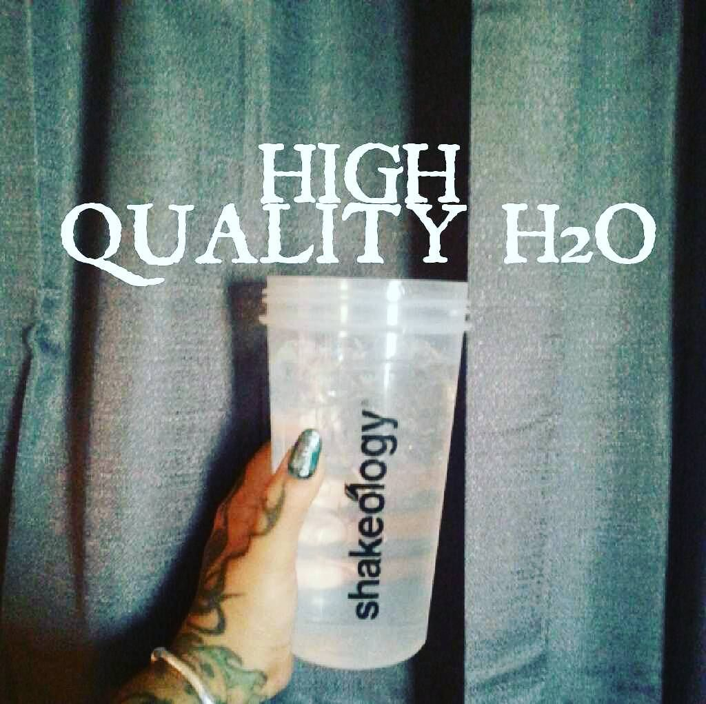 It Is Warm Today So I Had To Drink My Gallon With Ice Today What S Your Preference Room Temp Water Or Ice Cold H2o Water Highqu Tiny Houses Drink