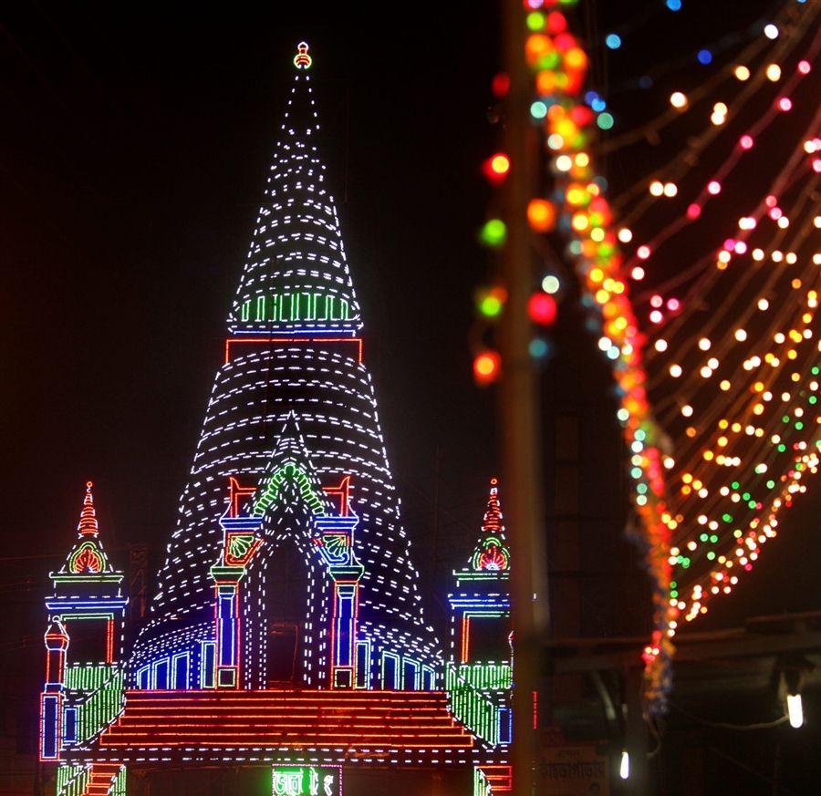 India lights up ahead of diwali festival diwali festival for Diwali decorations at home of lightings