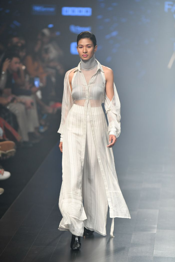 Highlights Of Day 3 Lakme Fashion Week 2019 Summer Resort Lakme Fashion Week India Fashion Week Designer Dresses Indian