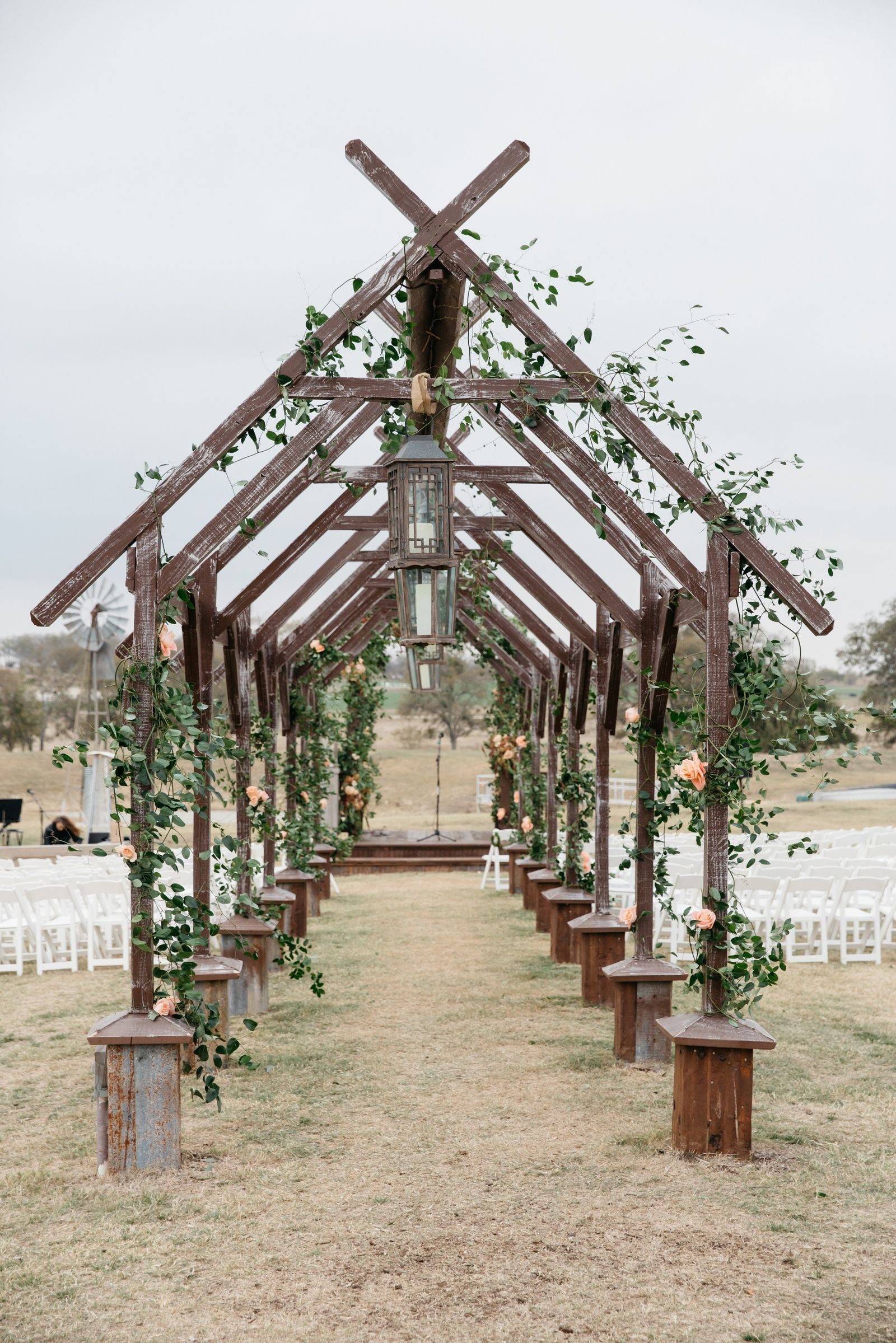 These Wedding Venues Are Proof That Fall is the Best ...