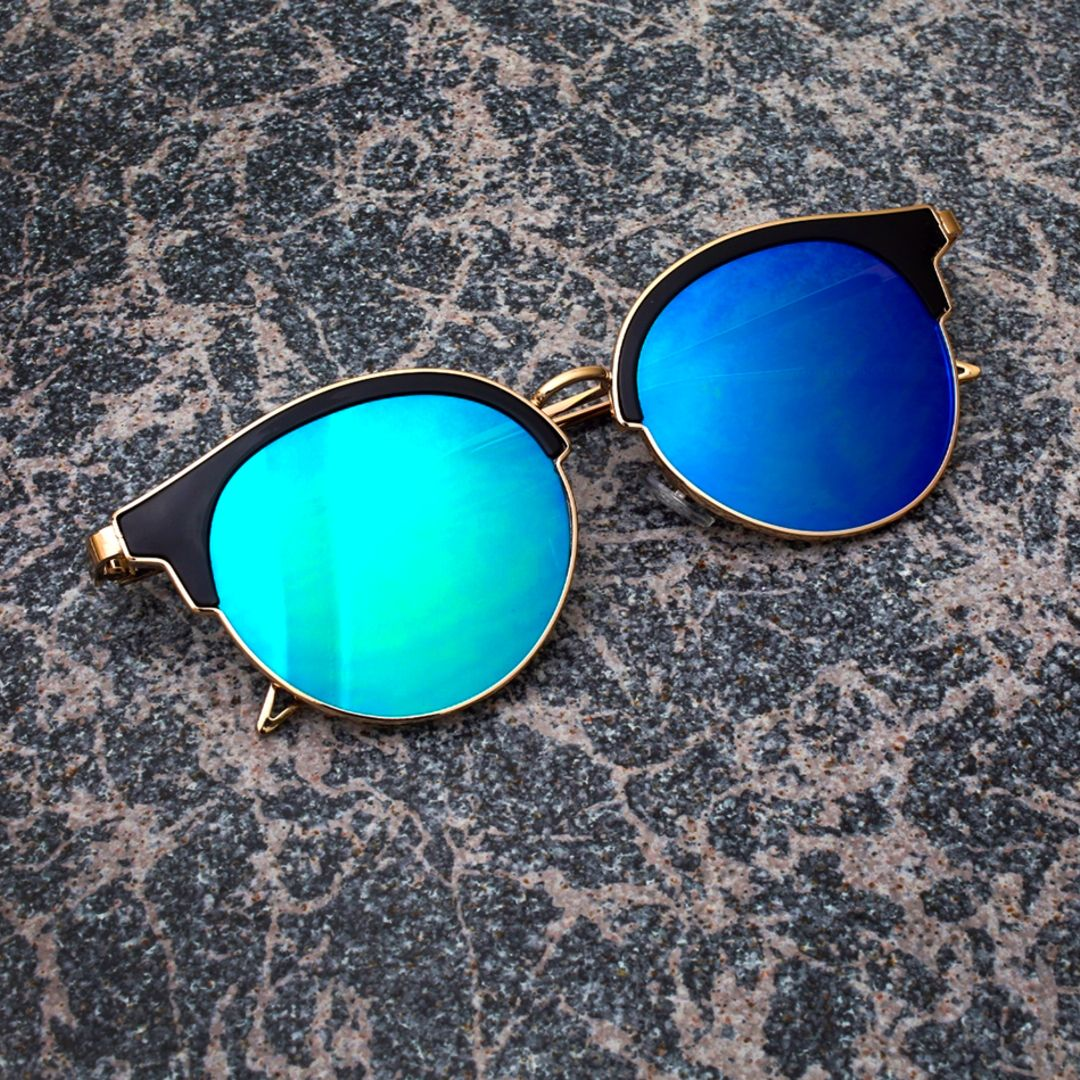 VIOLER -- Retro Inspired Round Flat Lens Sunnies. See more colors at the website by clicking the photo! :)