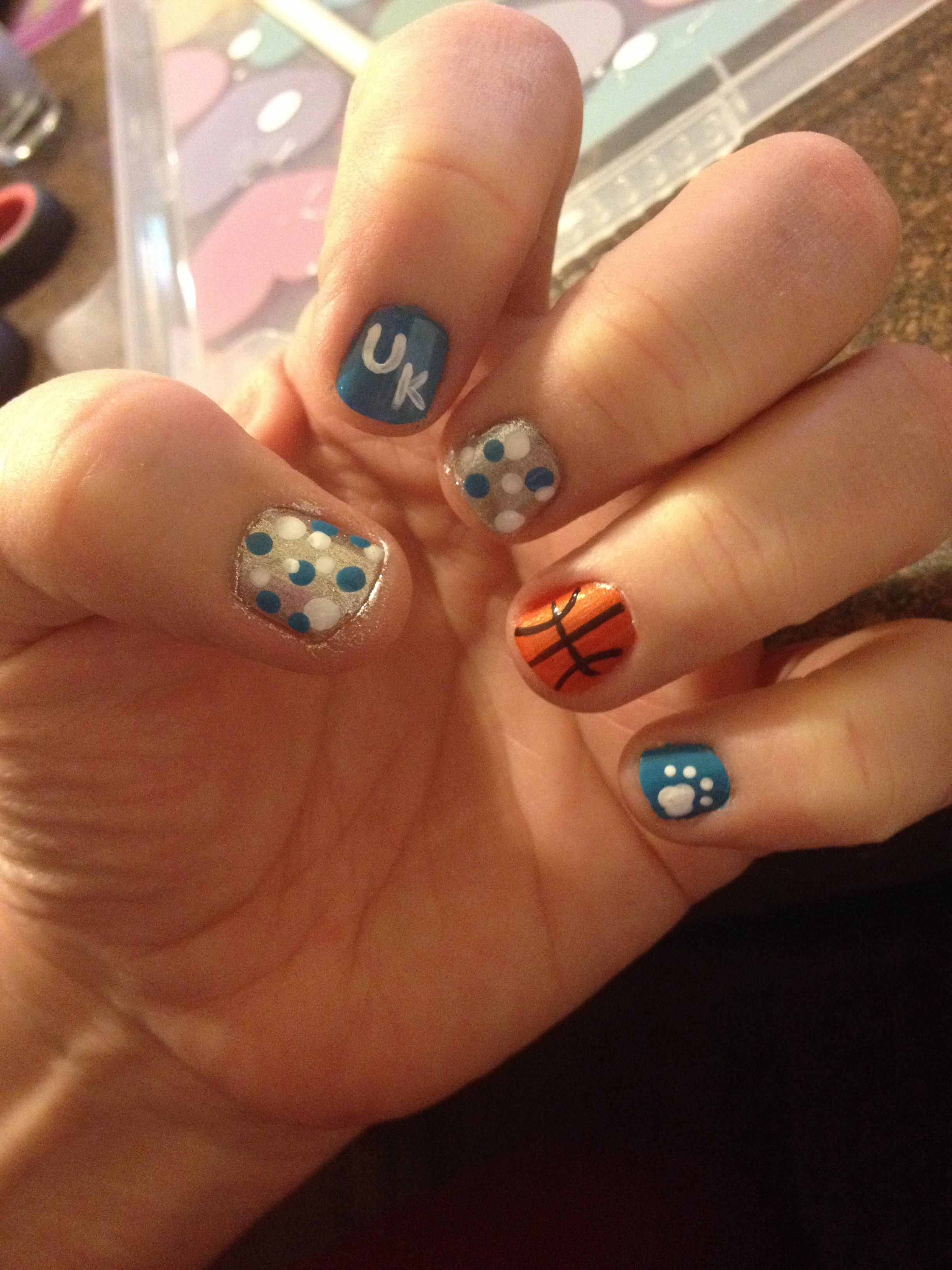 University of Kentucky basketball nail art. | Things I\'ve made ...