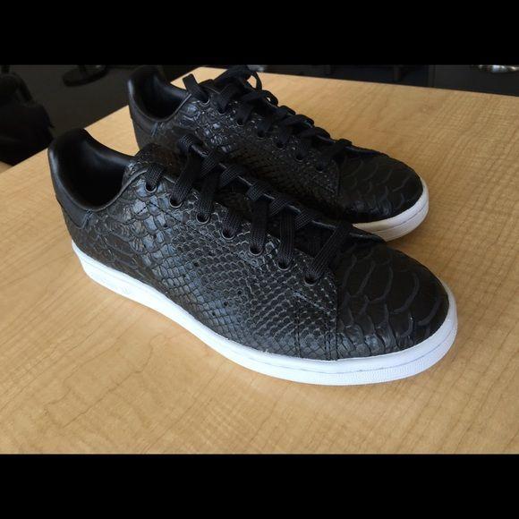 adidas stan smith black size 7