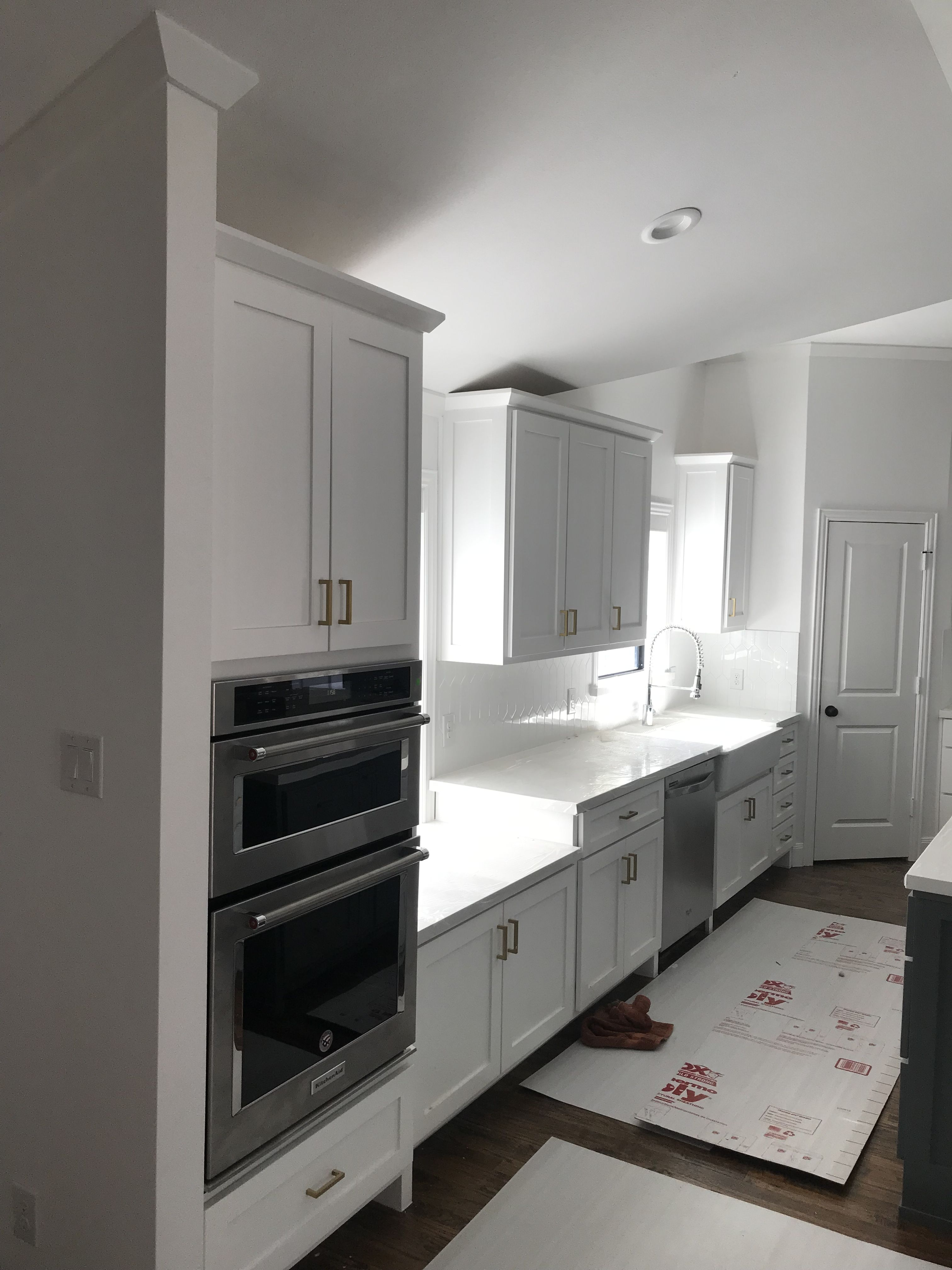 Pin By Reds Cabinets On Custom Cabinets In 2020 Custom Cabinets Kitchen Home Decor