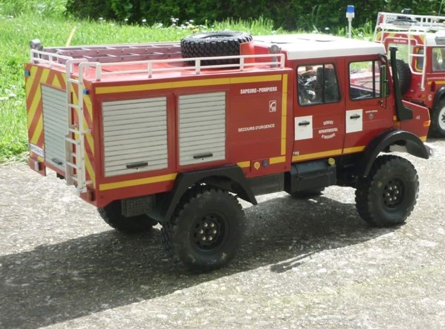Details about 1/10 Mercedes-Benz Unimog U1250L Scale FIRE