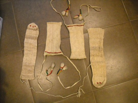 Kurdish socks and leggings posted by eBay user... | histoires de ...