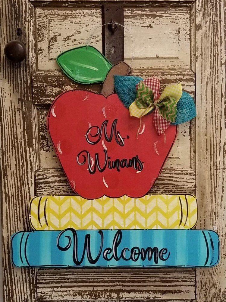 Pic Apple and Books Teacher Door Hanger Thoughts Your individual door hanger Sure, the classic is