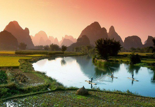 via| Twitter    Li River China