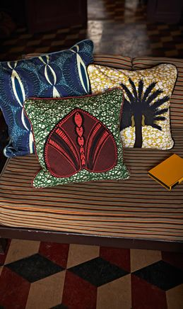 Home / House / Aburi cushions #africandesign, #africantextiles, #Evasonaike #africanprints, #AfricanInterior #popularpic, #luxury, #picoftheday #picture #look #mytrendesire #cool #africandecor #decorating #design #colourful #fabrics #Interiors