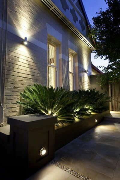 Luces para iluminar patios jardines exteriores e ideas landscape lighting design backyard - Iluminacion de exteriores ...