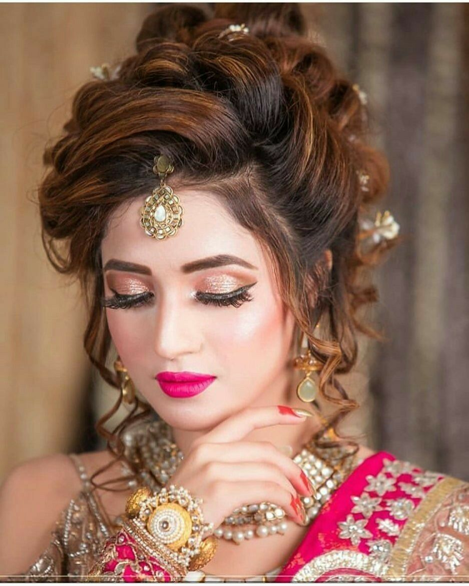 Pin By Farii Says On Beautiful Bridals Bridal Hair Buns Bridal Hairstyle Indian Wedding Simple Wedding Hairstyles