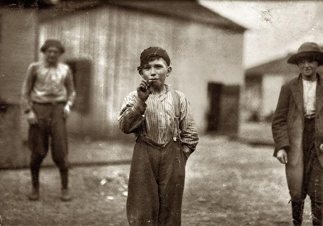 America's Children 1850-1930  http://www.vintag.es/2012/07/americas-children-1850-1930.html