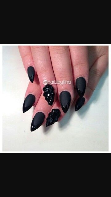 Matte and shine nail polish working together